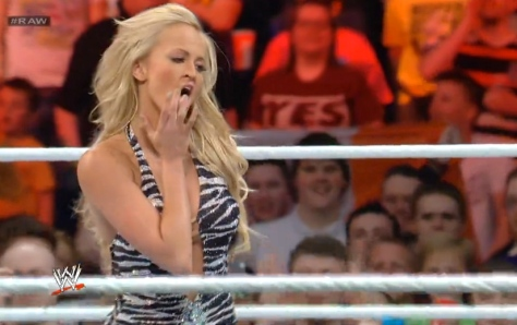 RAW 051914 Summer Rae