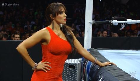 Superstars 091114 Layla